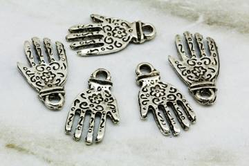 silver-jewelry-findings-pendants-charms