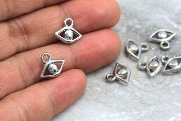 jewelry-silver-mini-eye-pendant-charms
