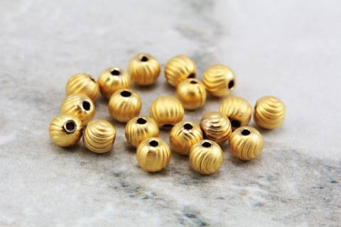 gold-plated-round-4mm-spacer-metal-beads