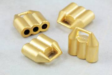 gold-metal-triple-holes-round-end-caps
