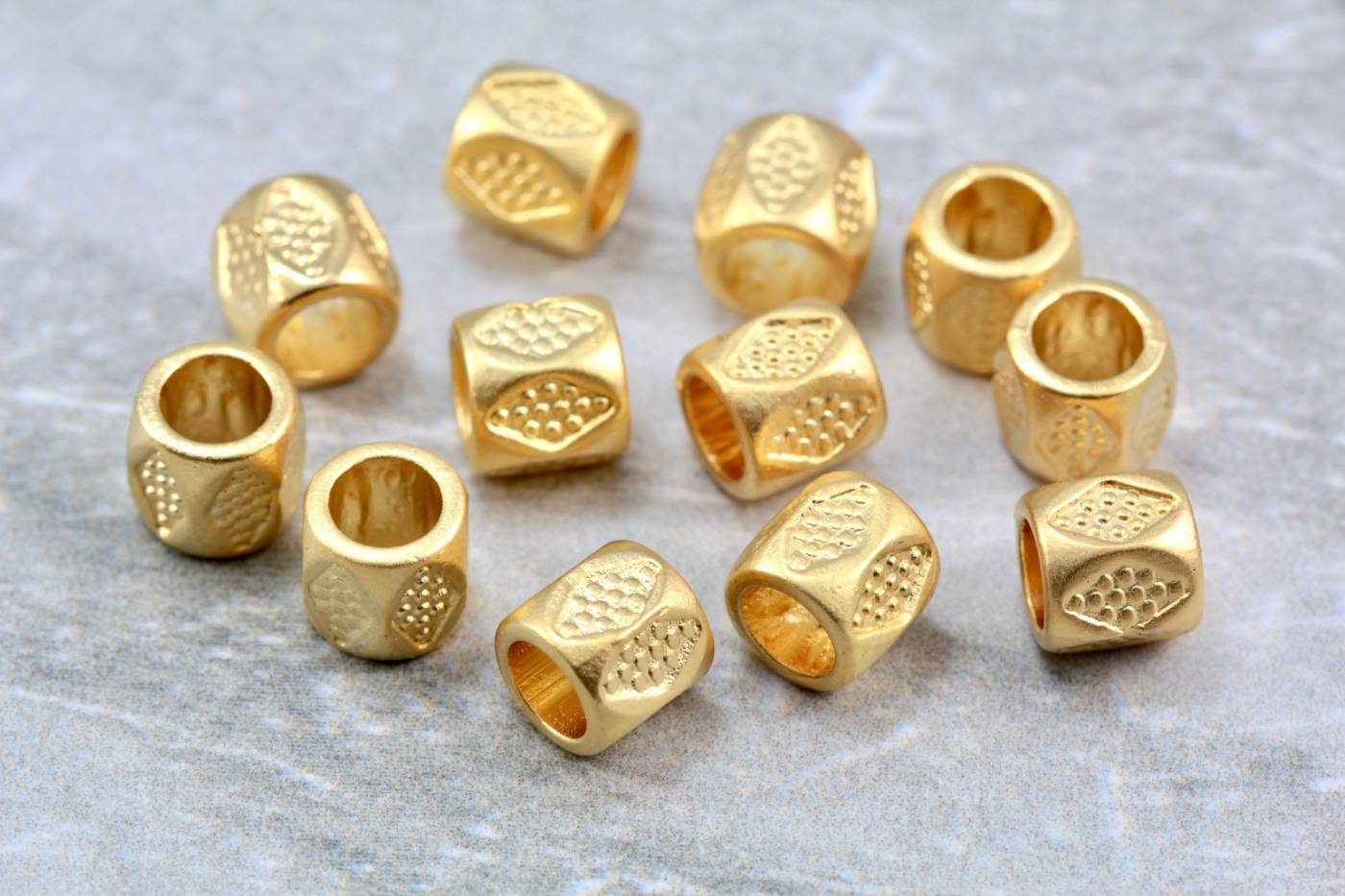 metal-gold-jewelry-barrel-bead-charms.jpg