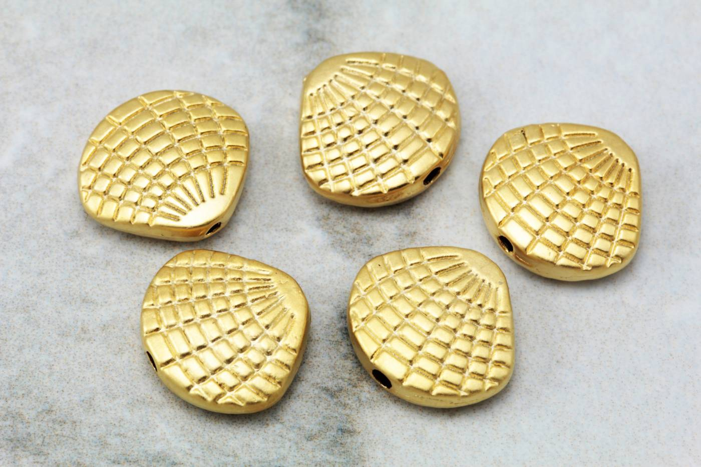 gold-plated-metal-shell-charm-findings.jpg
