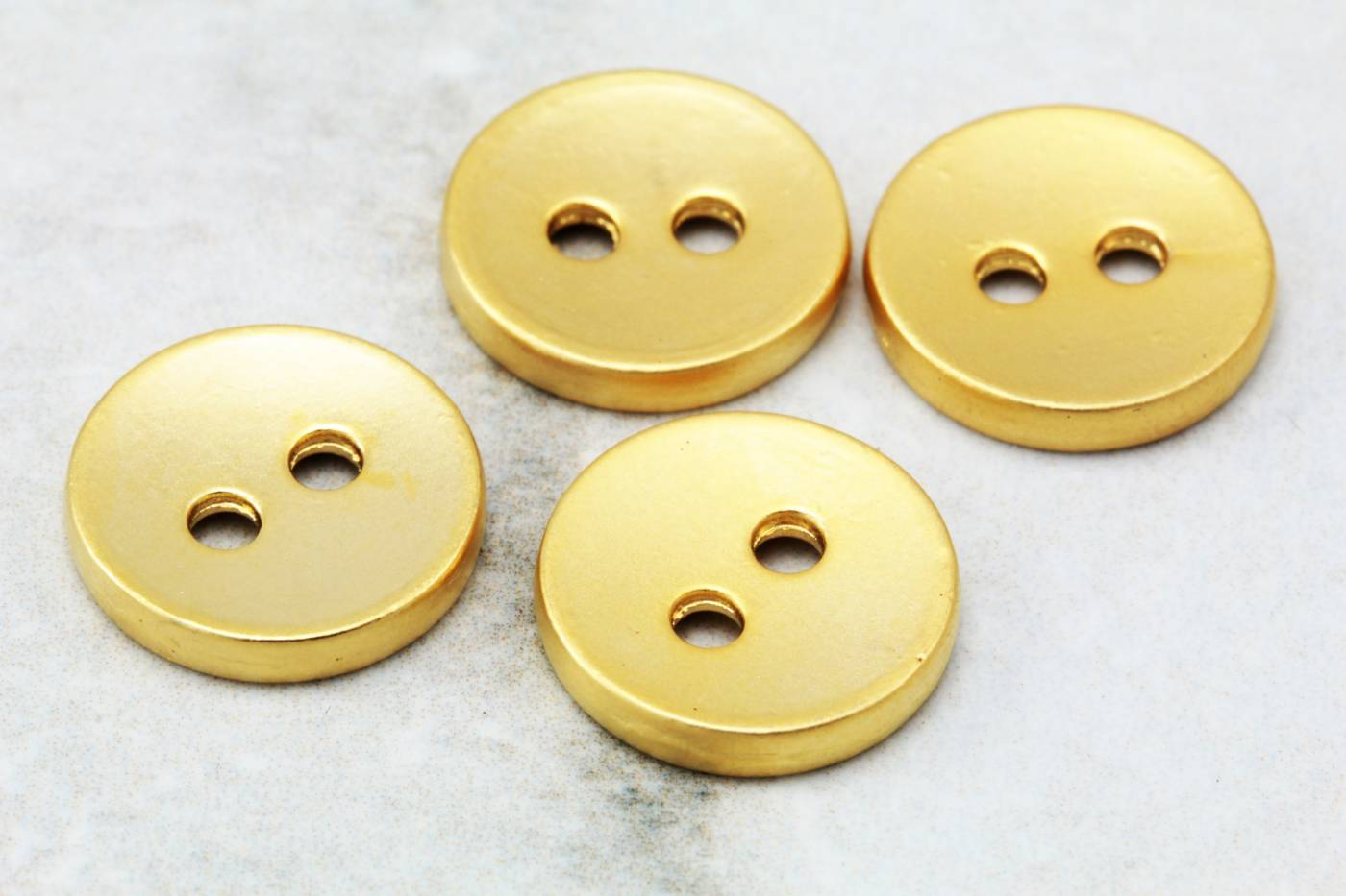 gold-metal-round-disc-button-charms.jpg
