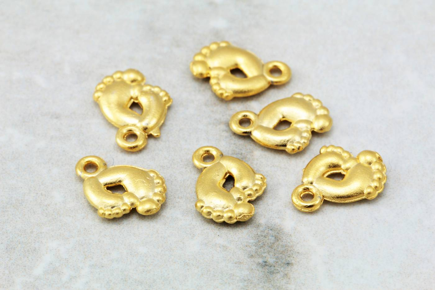 gold-plated-jewelry-making-pendant-charm.jpg