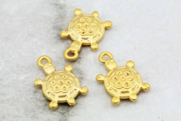 gold-plated-turtle-pendant-findings
