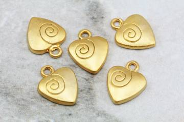 gold-plated-metal-heart-pendant-findings