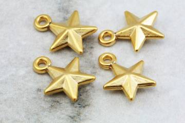 gold-plated-metal-star-jewelry-pendants