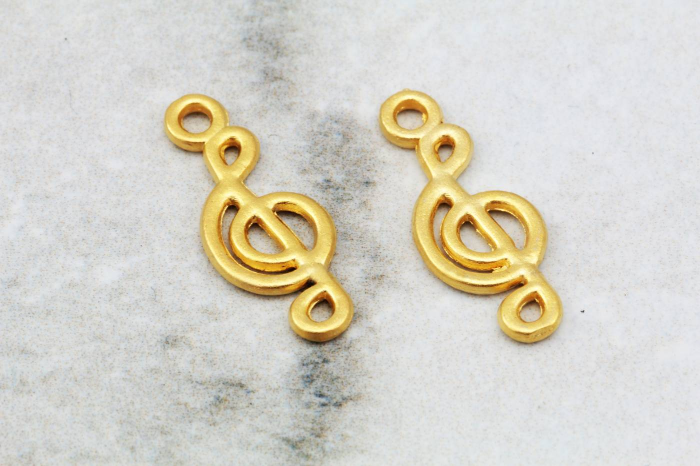 gold-plated-treble-clef-music-pendants.jpg