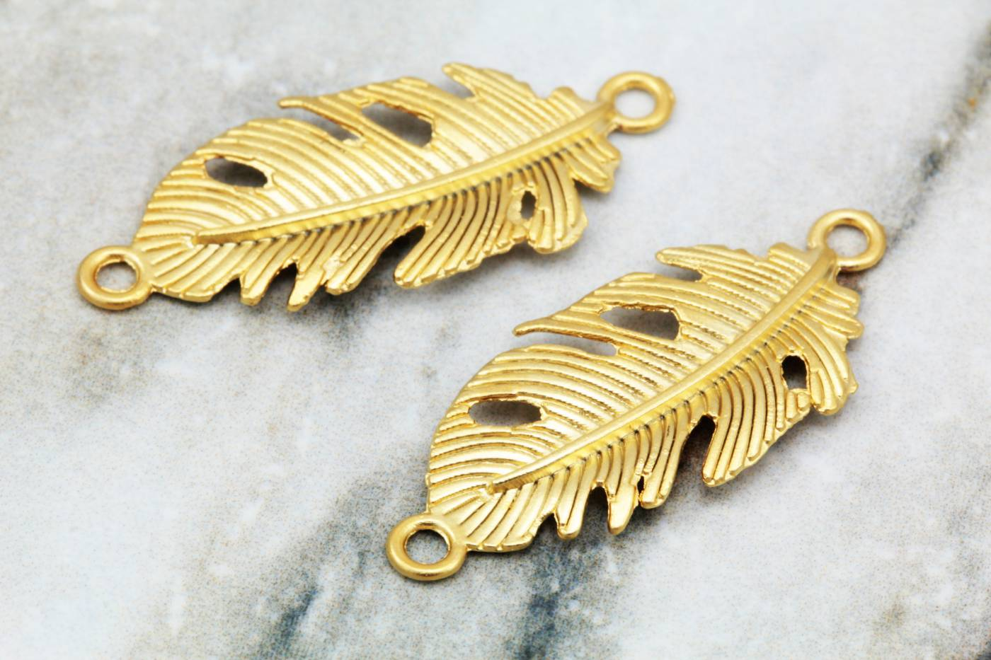 gold-metal-tiny-leaf-pendant-charms.jpg
