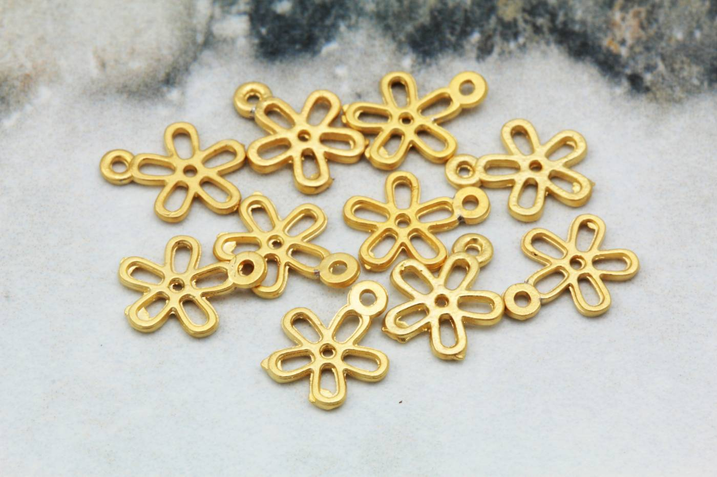 gold-tiny-daisy-metal-pendant-charms.jpg
