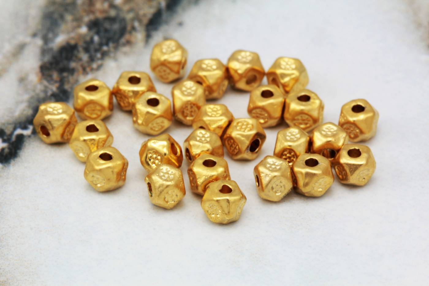 4mm-metal-mini-gold-cube-spacer-beads.jpg