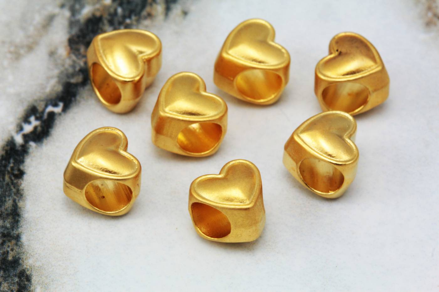 gold-plated-heart-jewelry-charm-findings.jpg