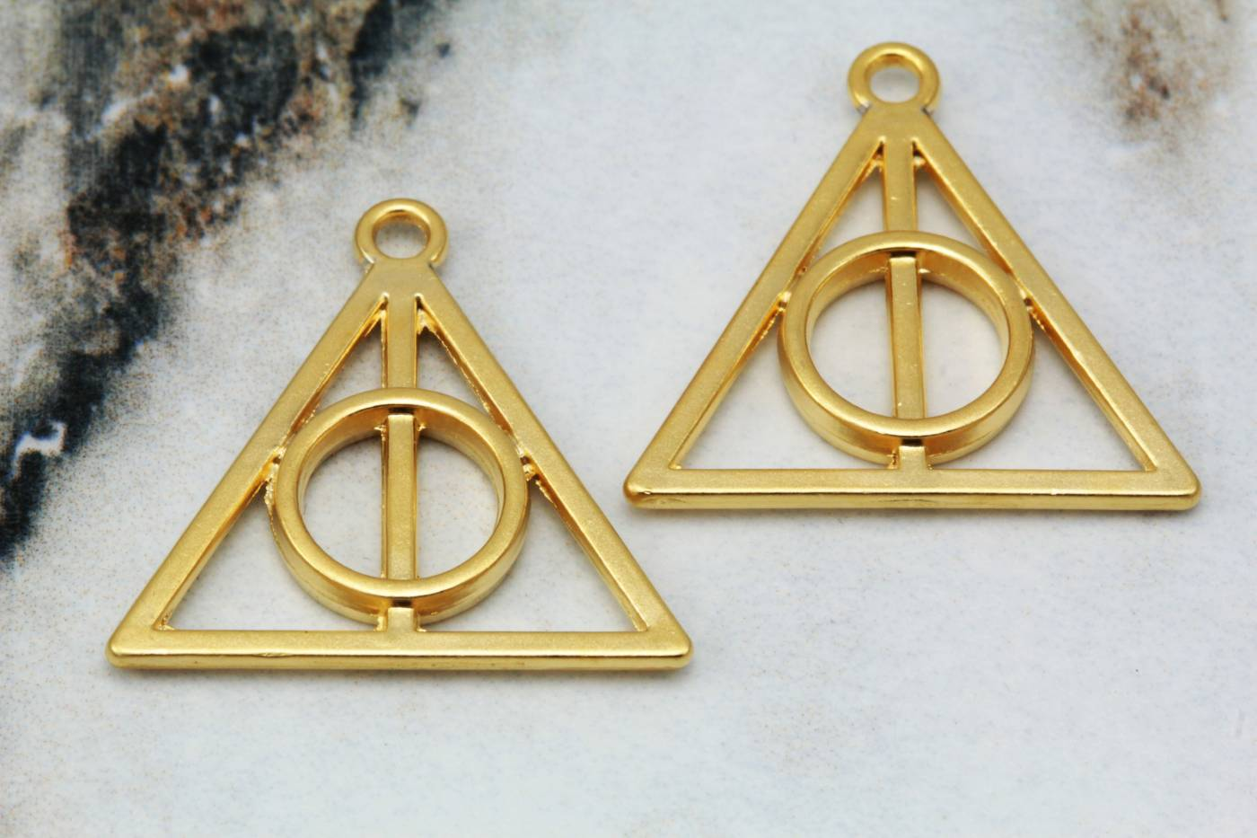 gold-plated-triangle-jewelry-pendants.jpg