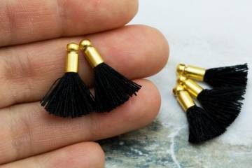 2cm-black-cotton-mini-tassels