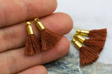 2cm-brown-cotton-mini-tassels