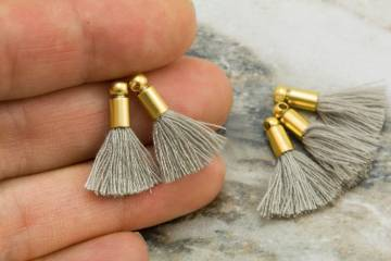 2cm-mink-grey-cotton-mini-tassels