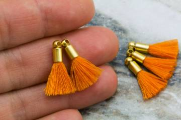 2cm-orange-cotton-mini-tassels
