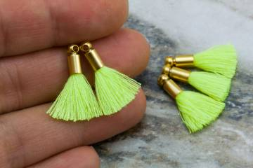 2cm-neon-yellow-cotton-mini-tassels