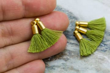 2cm-light-armygreen-cotton-mini-tassels