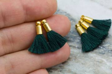 2cm-dark-armygreen-cotton-mini-tassels