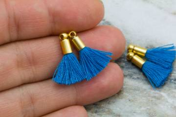 2cm-dark-blue-cotton-mini-tassels
