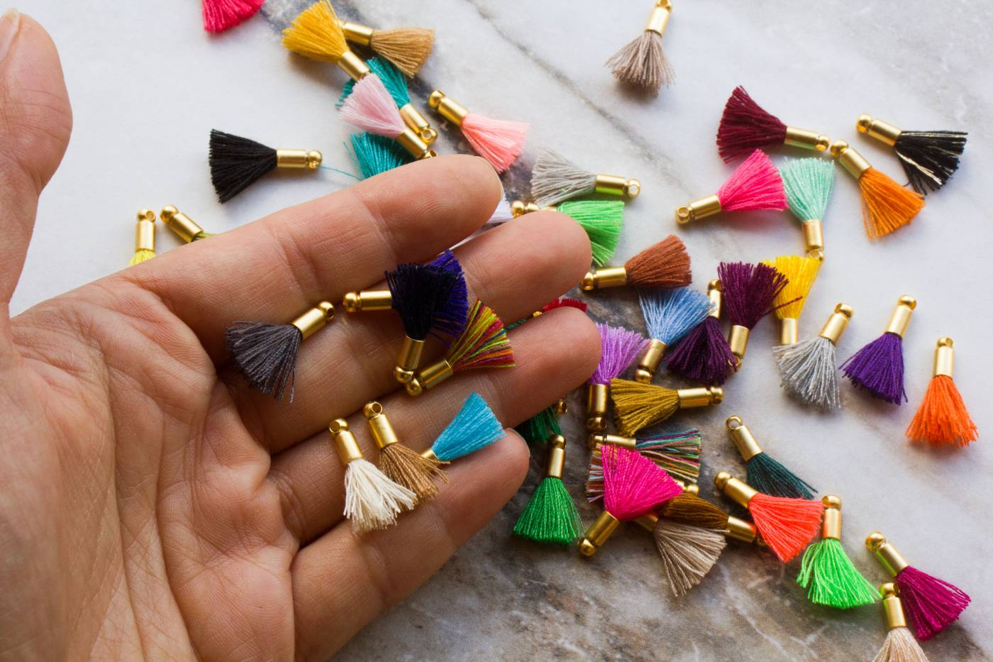 2cm-mini-bohemian-cotton-tassels.jpg