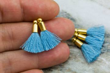 2cm-light-blue-cotton-mini-tassels