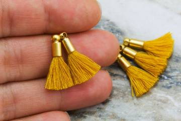 2cm-mustard-cotton-mini-tassels