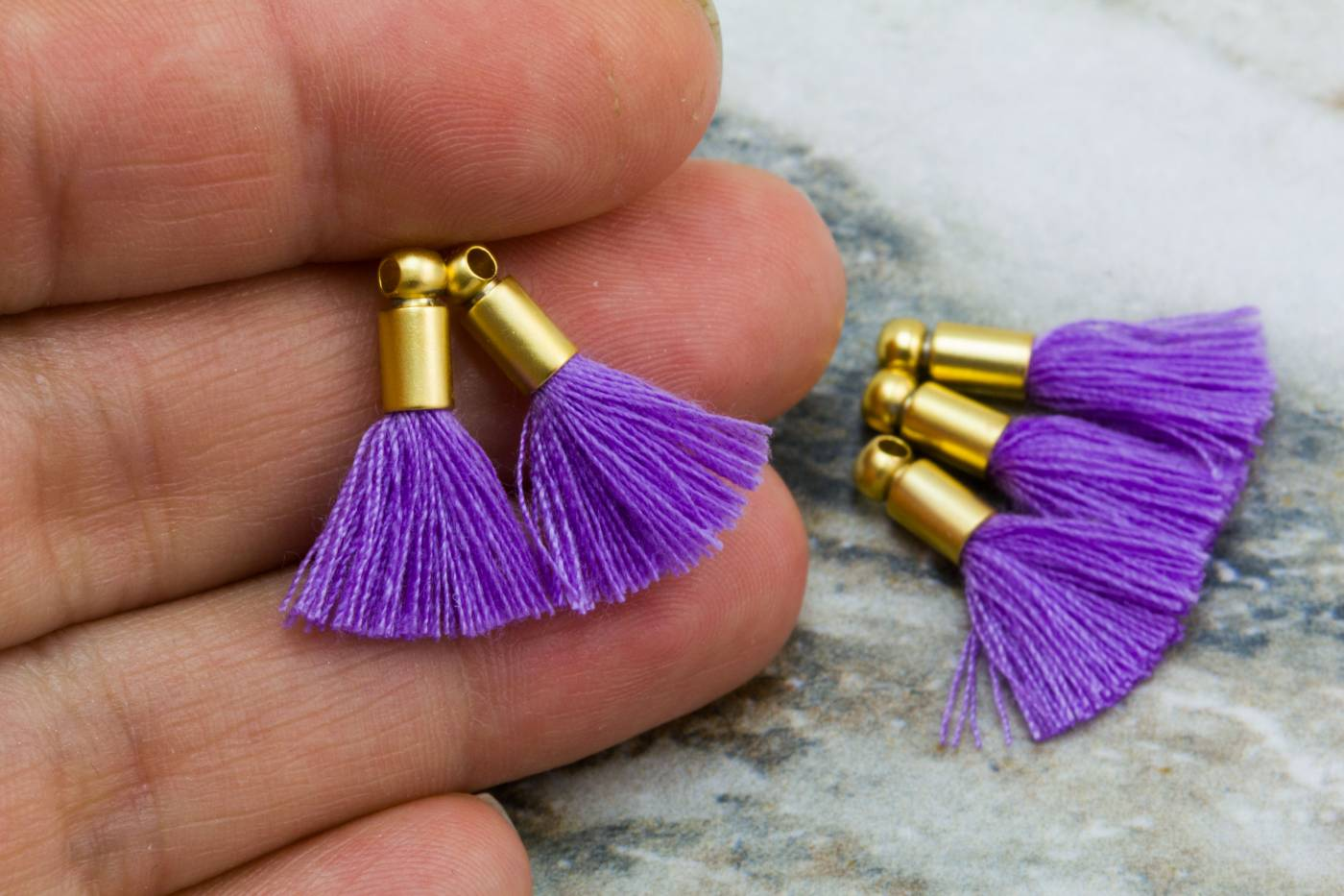 2cm-lavender-cotton-mini-tassels.jpg