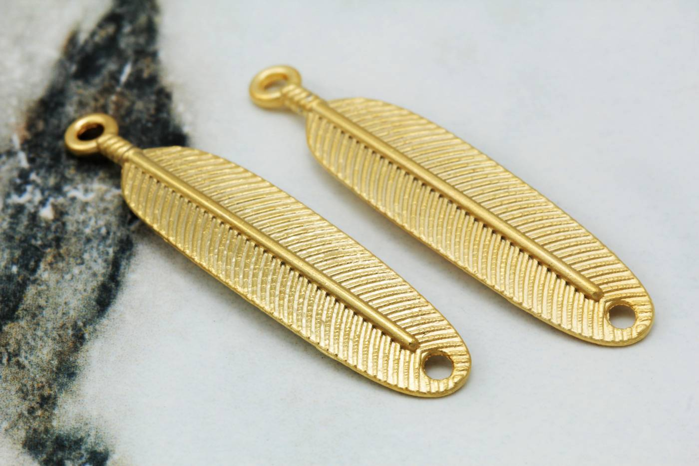 gold-plated-metal-feather-pendant-charms.jpg