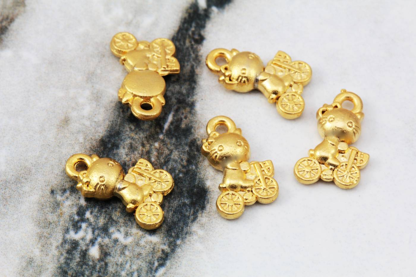 gold-plated-mini-cat-pendant-charms.jpg