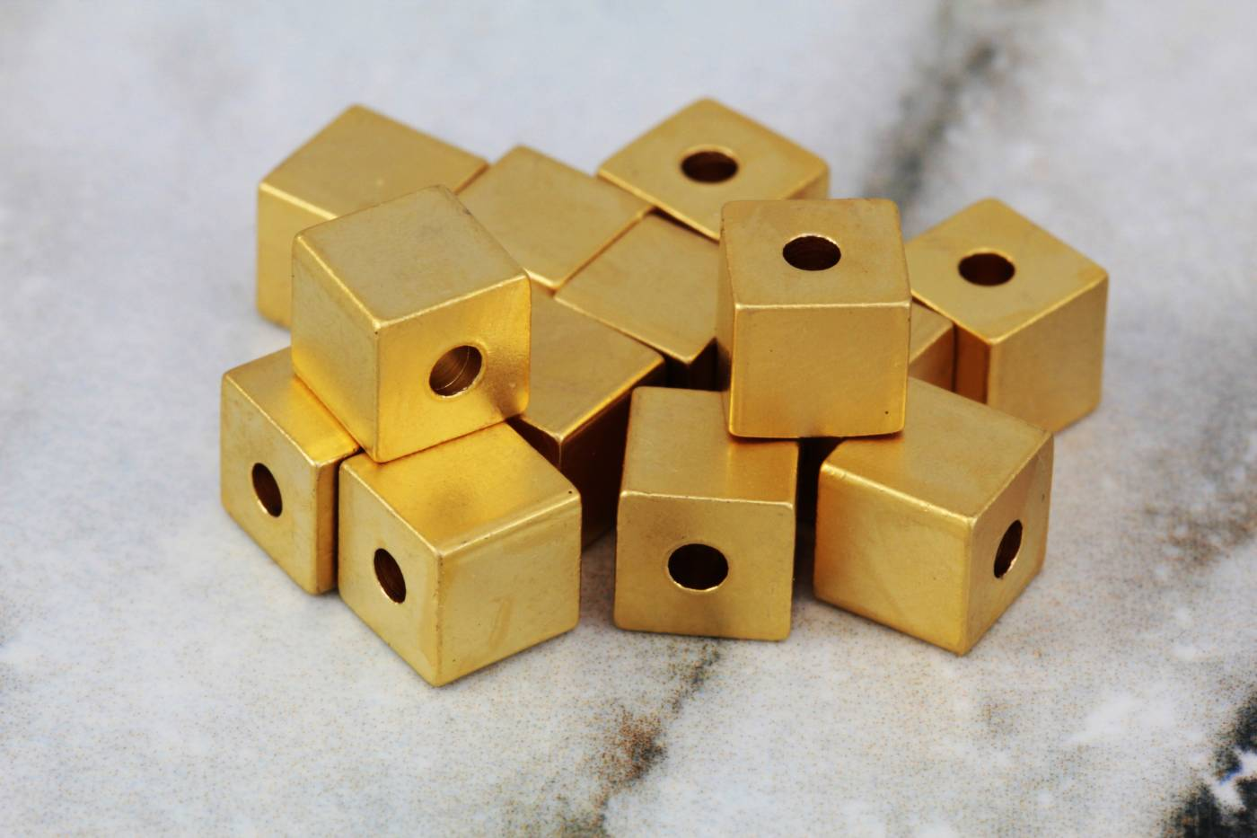 gold-plated-brass-6mm-cube-bead-findings.jpg