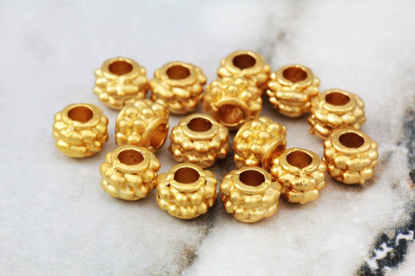 gold-plated-jewelry-spacer-bead-findings.jpg