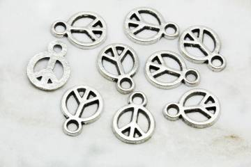 metal-peace-sign-jewelry-pendants